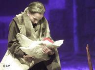 Hildegard Behrens als Kostelnika (AP)Bildunterschrift: Großansicht des Bildes mit der Bildunterschrift: Behrens identifizierte sich mit starken Frauen auf der Opernbühne