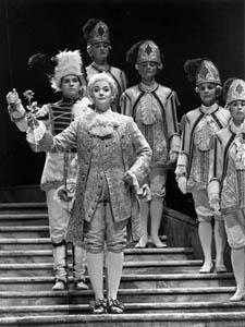 Susanne Mentzer in San Diego Opera's DER ROSENKAVALIER, 1992.